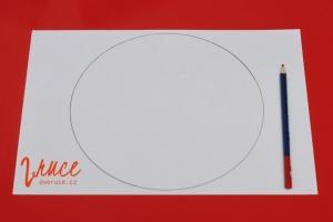 1. Obkreslete kulatý předmět na papír a vystřihněte kruh.