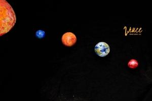 planety-z-polystyrenovych-kouli_01