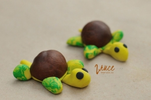 Podzim | kaštany, žaludy, plastelína