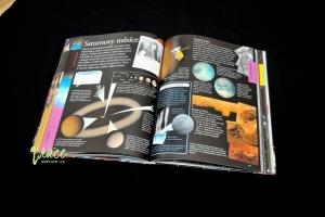 vesmir-encyklopedie-pro-deti_06