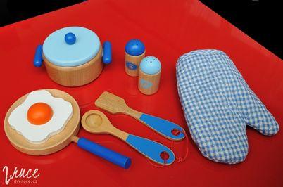 Dětské dřevěné nádobí Viga