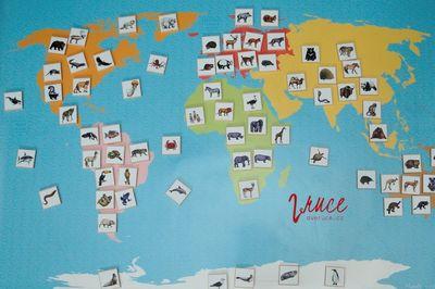 Mapa světa se zvířaty od MamaBe